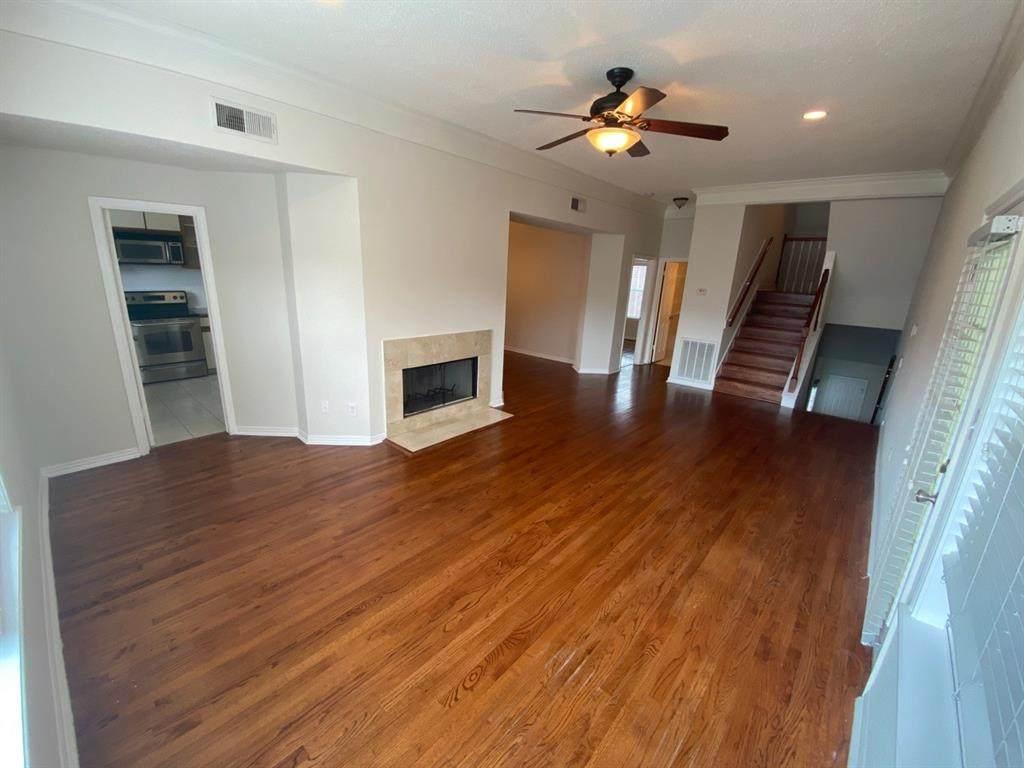 623 Hawthorne Street - Photo 1