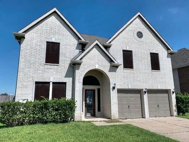 5019 Wimberly Lane, Baytown, TX 77523 (MLS #58392346) :: The Sansone Group