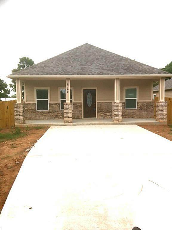 4730 19th Street, Bacliff, TX 77518 (MLS #5839781) :: Guevara Backman