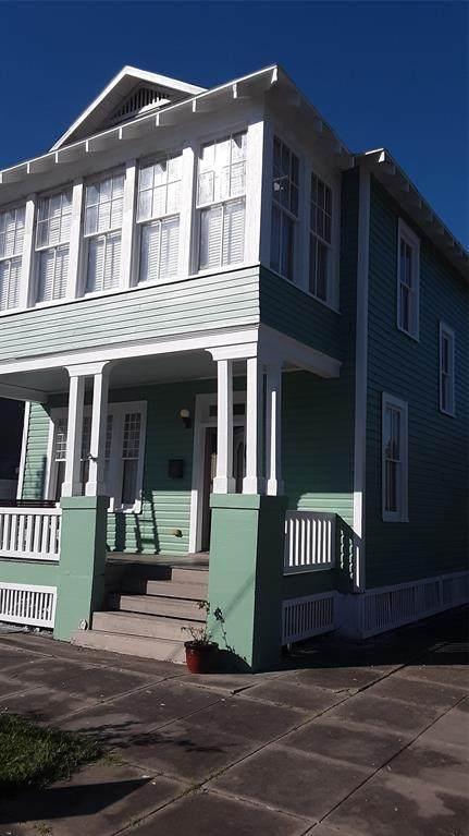 801 13th Street, Galveston, TX 77550 (MLS #58528262) :: Guevara Backman