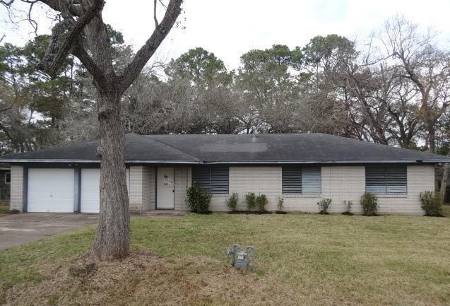 2401 Hollywood Street, Dickinson, TX 77539 (MLS #5951220) :: Texas Home Shop Realty