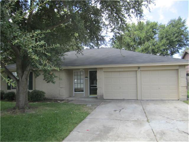 3914 Willmont Road, La Porte, TX 77571 (MLS #59599662) :: The SOLD by George Team