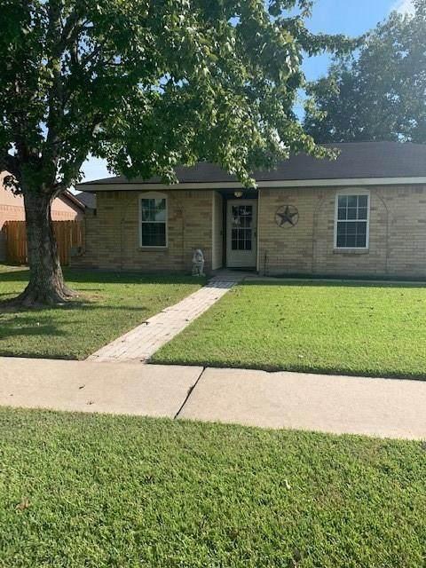 2506 Green Valley Drive, Deer Park, TX 77536 (MLS #59617032) :: The Freund Group