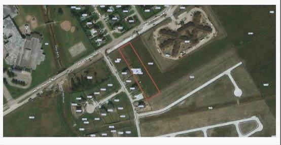 0 Lakes Of Champions Boulevard, Mont Belvieu, TX 77523 (MLS #59722413) :: My BCS Home Real Estate Group