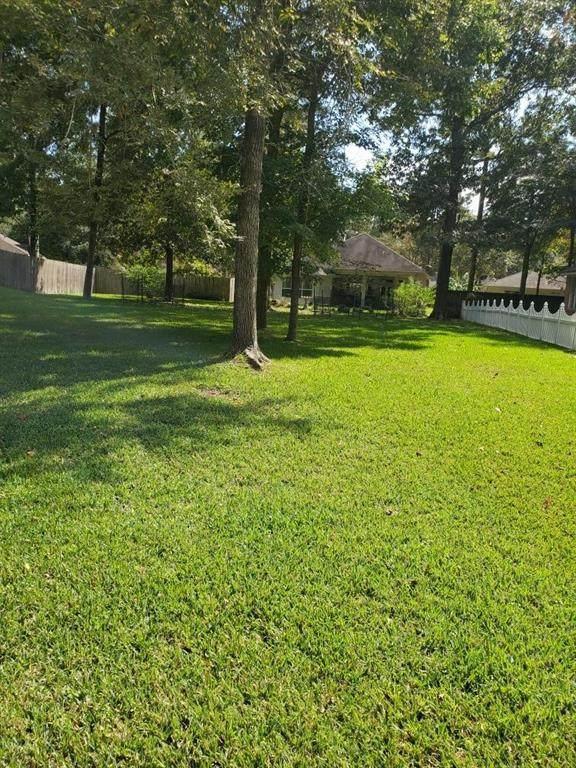 12123 Longfellow Drive, Montgomery, TX 77356 (MLS #59758052) :: The Parodi Group