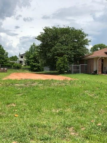 320 Lazy Lane, Montgomery, TX 77356 (MLS #59924108) :: The SOLD by George Team