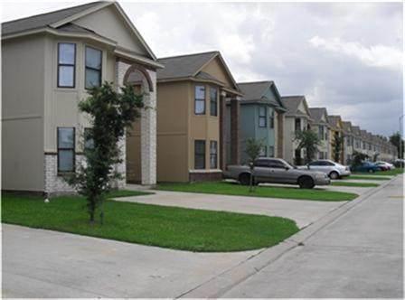3015 La Estancia Lane, Houston, TX 77093 (MLS #60029209) :: The Sansone Group