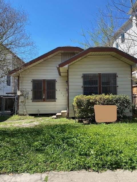 207 Malone Street, Houston, TX 77007 (MLS #60294061) :: Green Residential