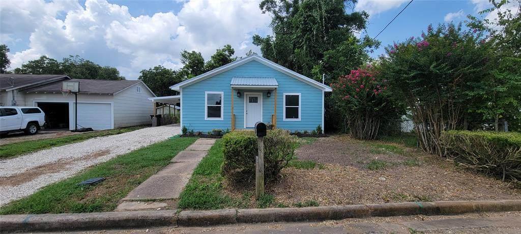 306 Edna Street - Photo 1