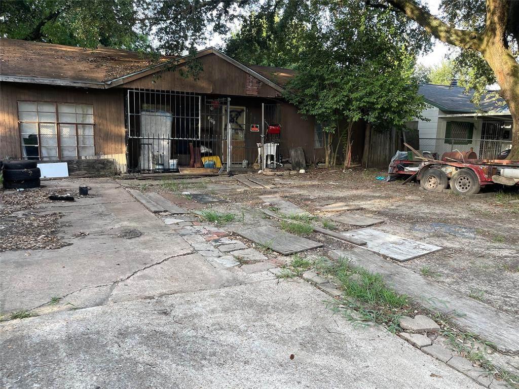 3931 Zephyr Street - Photo 1