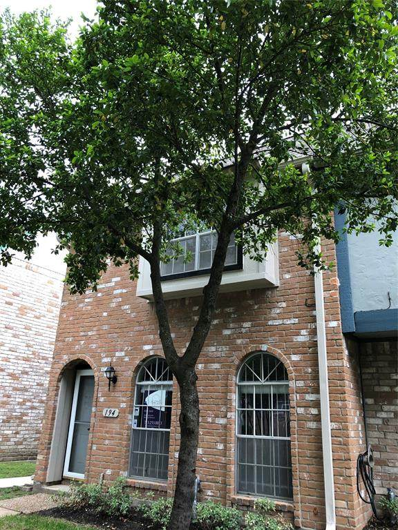 11002 Hammerly Boulevard #194, Houston, TX 77043 (MLS #6054871) :: Lerner Realty Solutions