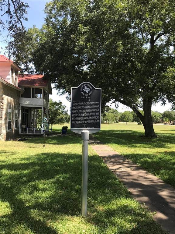 830 South Penn, Flatonia, TX 78956 (MLS #60801646) :: The Heyl Group at Keller Williams