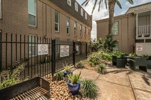 215 Post Office Street #807, Galveston, TX 77550 (MLS #6093347) :: REMAX Space Center - The Bly Team