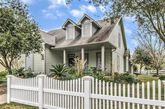 48 Borondo Pines, La Marque, TX 77568 (MLS #62072318) :: Texas Home Shop Realty