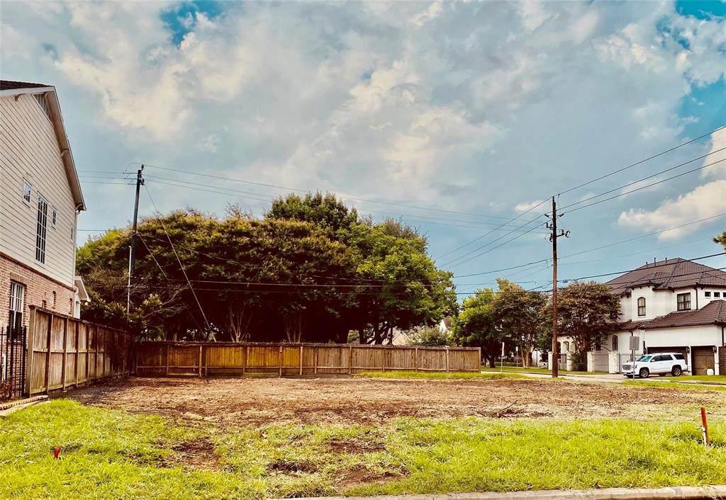 4600 Beech Street - Photo 1