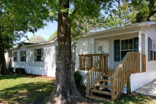 9919 Kaitlyn Lane, Baytown, TX 77521 (MLS #62736004) :: Magnolia Realty