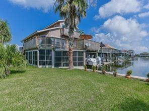 16719 Montego Way, Jamaica Beach, TX 77554 (MLS #6295270) :: The Johnson Team