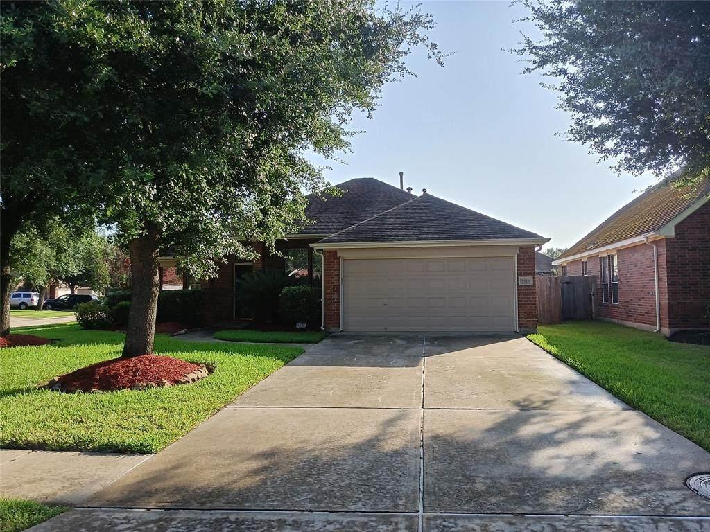 7526 Clairson Lane - Photo 1