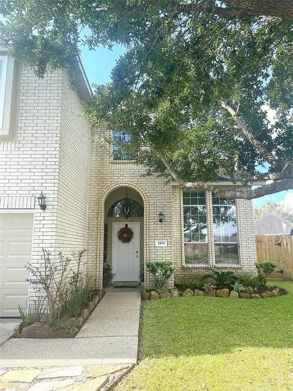 1874 Cedar Circle, Dayton, TX 77535 (MLS #6306914) :: Texas Home Shop Realty