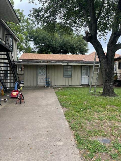 946 Hoffman Street, Houston, TX 77020 (MLS #63343770) :: Connell Team with Better Homes and Gardens, Gary Greene