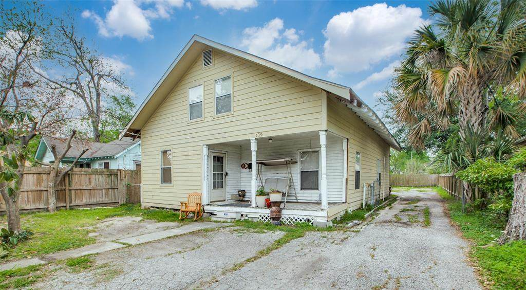 109 Adams Street - Photo 1
