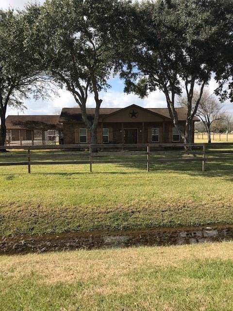 12730 Roy Road, Brookside, TX 77581 (MLS #63629642) :: Texas Home Shop Realty
