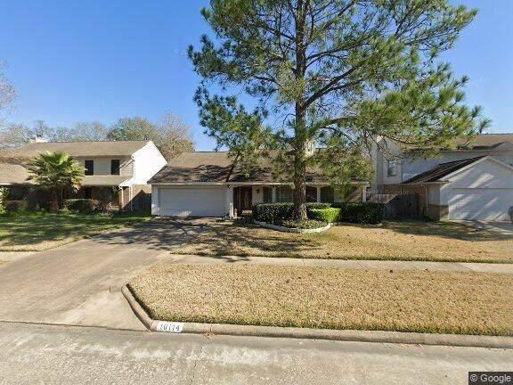 10114 Red Wolf Lane, Houston, TX 77064 (MLS #63938162) :: Caskey Realty