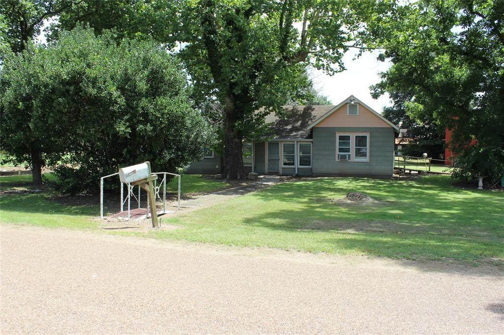 1035 Lions Park Drive - Photo 1