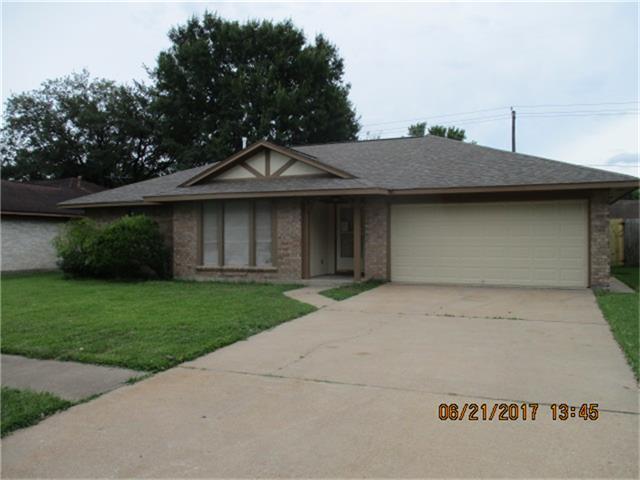 705 Regency Drive, Deer Park, TX 77536 (MLS #64147144) :: Christy Buck Team