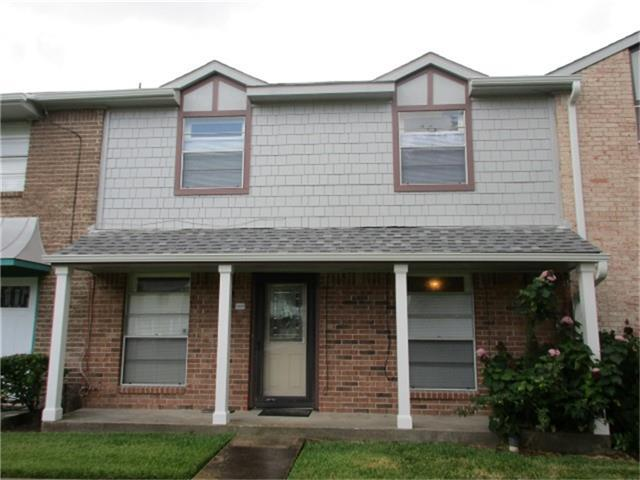 4253 Young Street, Pasadena, TX 77504 (MLS #64754347) :: The SOLD by George Team