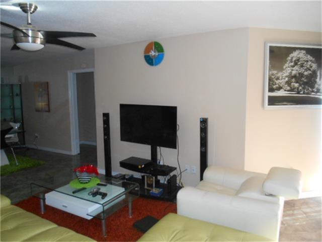 10853 Braes Bend Drive Drive, Houston, TX 77071 (MLS #6498919) :: Krueger Real Estate