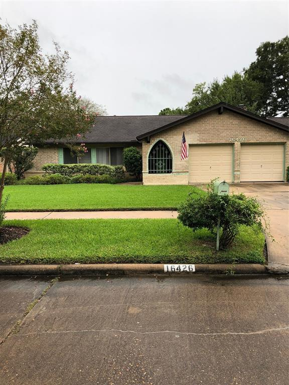 16426 Parksley, Houston, TX 77059 (MLS #65177418) :: Magnolia Realty