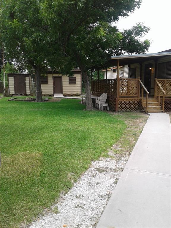 234 Industrial, La Marque, TX 77568 (MLS #65195871) :: Texas Home Shop Realty