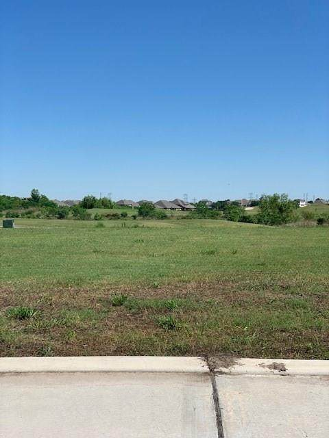 4913 Lost Creek Lane, League City, TX 77573 (MLS #65355365) :: Rachel Lee Realtor