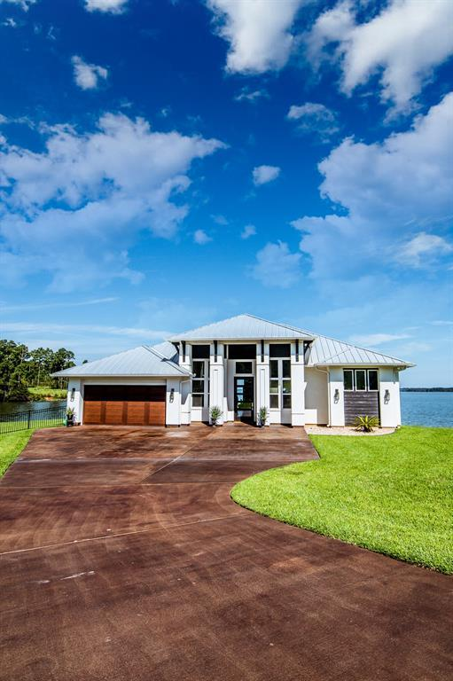 160 Penguin Point, Point Blank, TX 77364 (MLS #65598358) :: The Heyl Group at Keller Williams