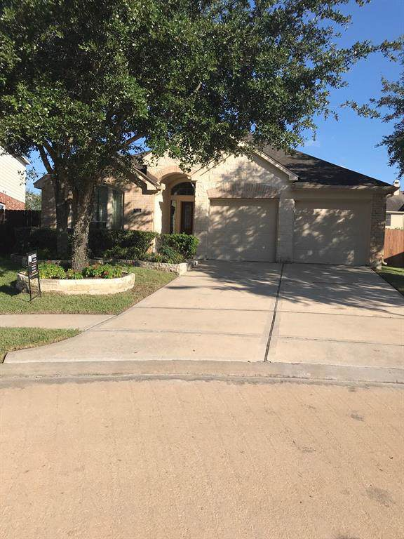 2805 Highland Lake Court, Pearland, TX 77584 (MLS #66293298) :: The Jill Smith Team