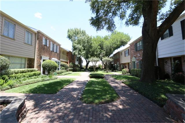 6422 Olympia Drive, Houston, TX 77057 (MLS #67161654) :: REMAX Space Center - The Bly Team