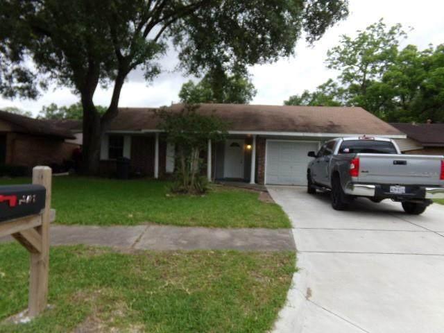 13307 Villagrove Drive, Houston, TX 77049 (MLS #67168052) :: Giorgi Real Estate Group