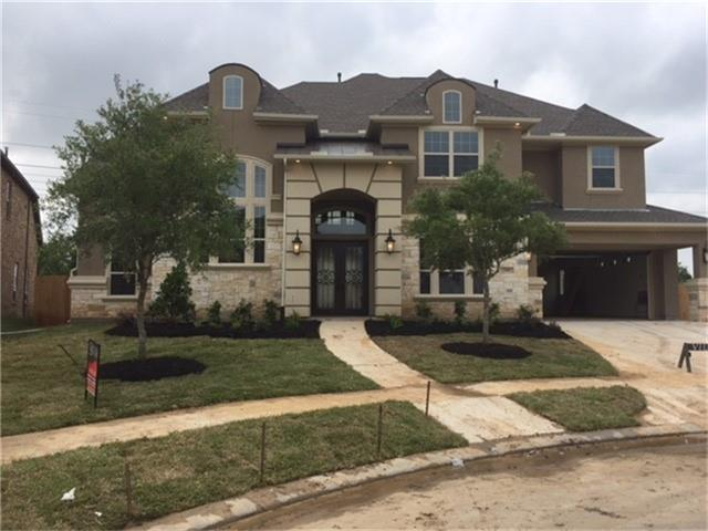 1300 Tamina Pass Lane, Friendswood, TX 77546 (MLS #67331149) :: REMAX Space Center - The Bly Team
