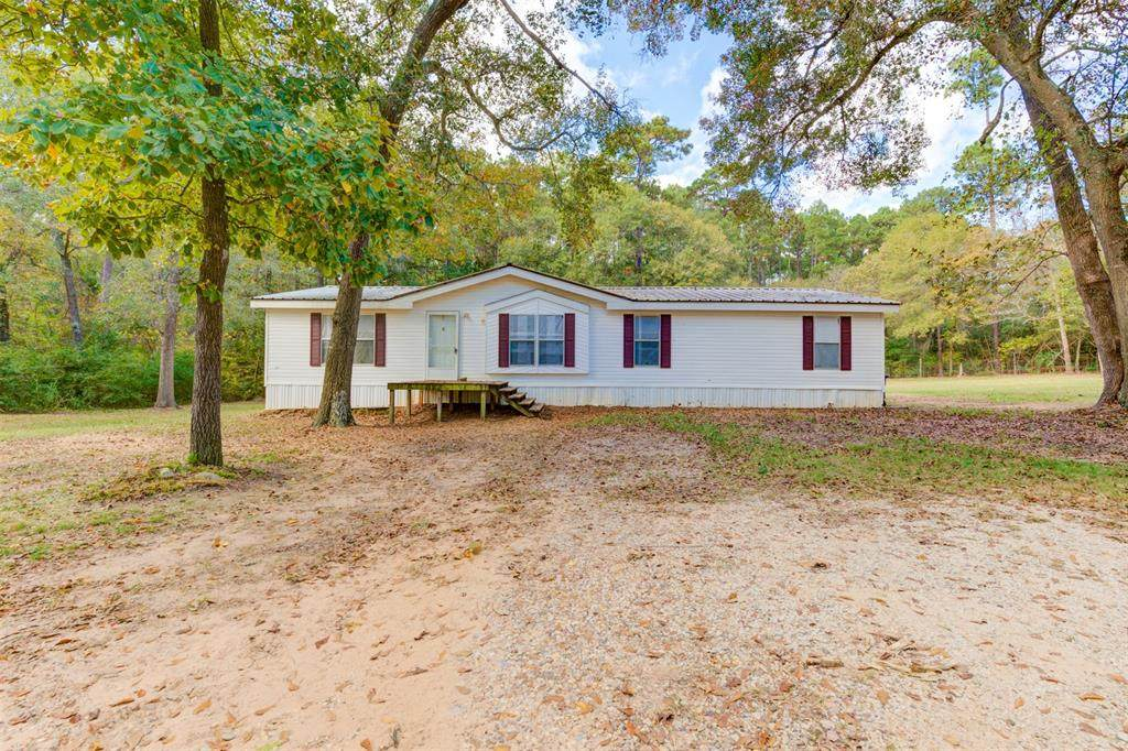 14209 Forest Circle - Photo 1