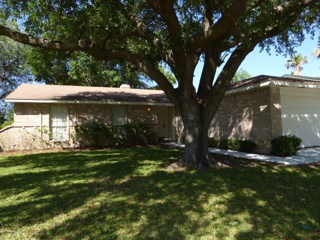 13718 Towneway Drive, Sugar Land, TX 77498 (MLS #68203692) :: Texas Home Shop Realty