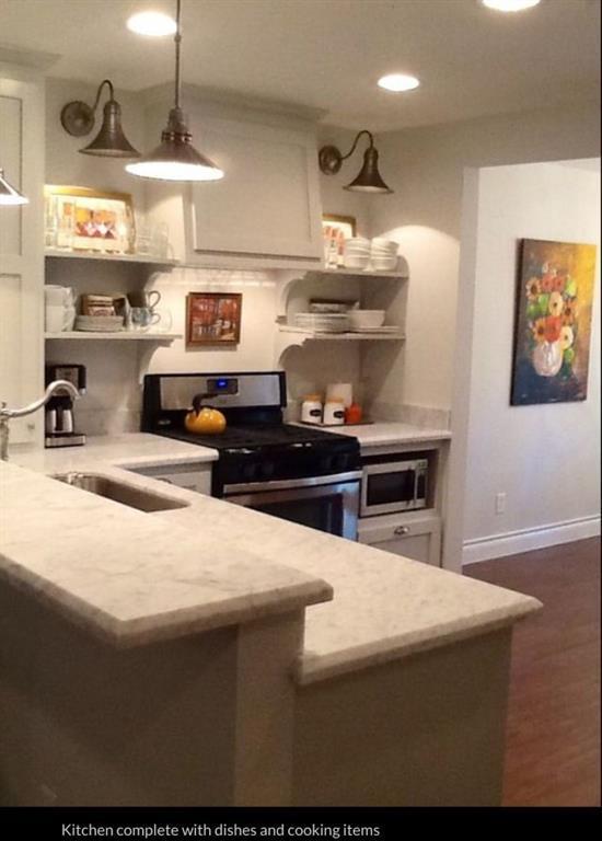 5205 Palmetto Street J, Bellaire, TX 77401 (MLS #68290071) :: Fanticular Real Estate, LLC