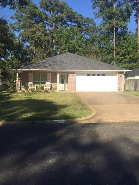 203 Pine Valley Street, Huntsville, TX 77320 (MLS #68615276) :: Caskey Realty
