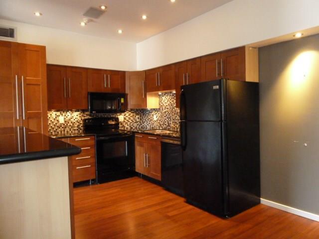 2100 Tanglewilde Street #214, Houston, TX 77063 (MLS #68744349) :: Krueger Real Estate
