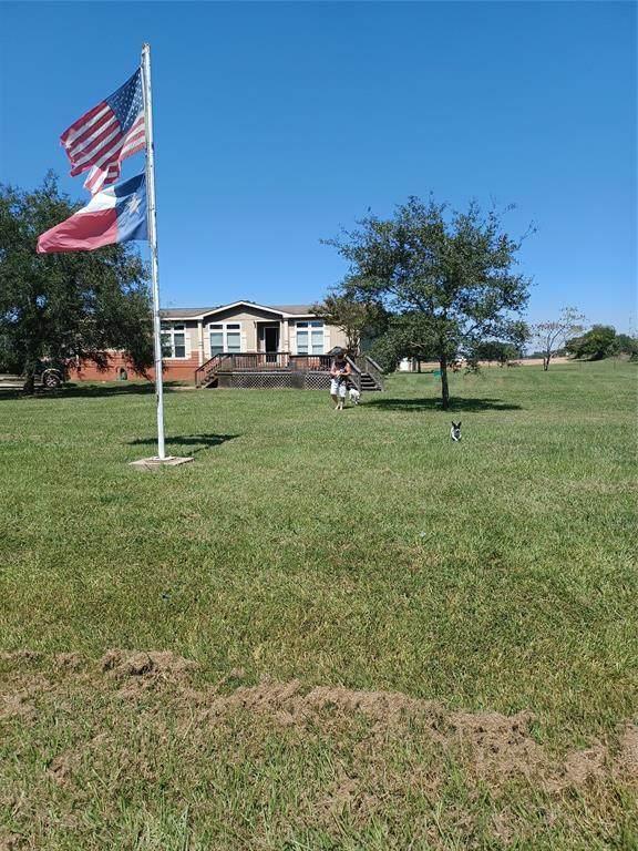 33162 Joseph Road, Waller, TX 77484 (MLS #69105055) :: Rose Above Realty