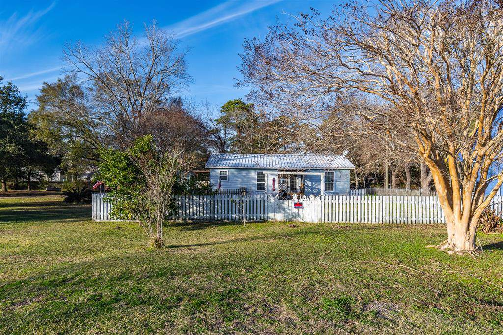 342 Channelview Drive - Photo 1