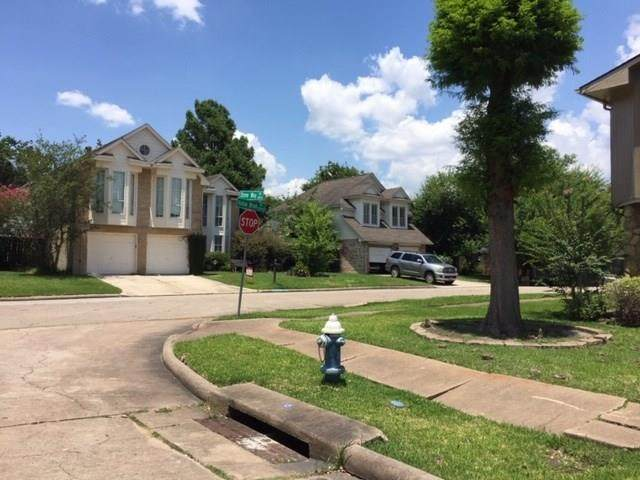 13006 Hollow Brook Drive, Houston, TX 77082 (MLS #6925706) :: The SOLD by George Team