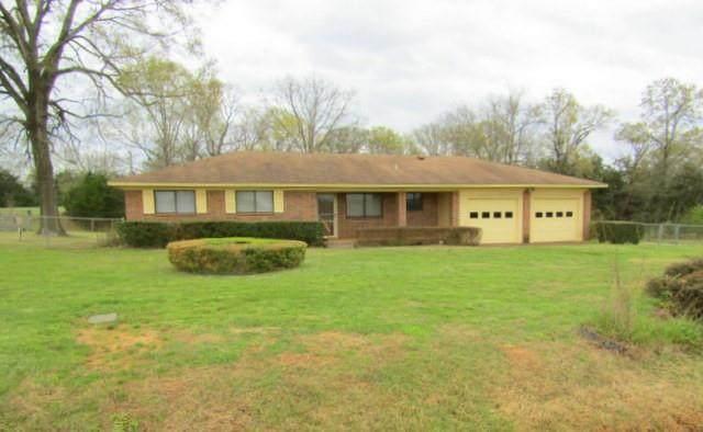 1028 County Road 1805, Crockett, TX 75835 (MLS #69336269) :: Homemax Properties