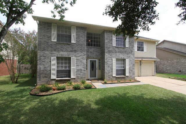 407 Birch Hill Drive, Sugar Land, TX 77479 (MLS #69381215) :: Christy Buck Team