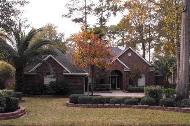 210 Springs Edge Drive, Conroe, TX 77356 (MLS #69574186) :: The Home Branch